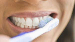 Dentist Los Angeles home dental care guide